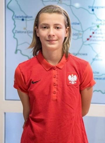 Poniedziałek zagrała we środę i w sobotę. Młoda piłkarka Medyka POLOmarket pokazała się w kadrze U15