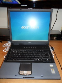 Laptop Acer Aspire 1350 sprawny