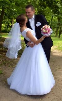 Suknia ślubna firmy Celise rozm. 38