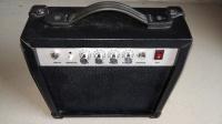Sprzedam piecyk gitarowy Gb-15 Bass Amplifier