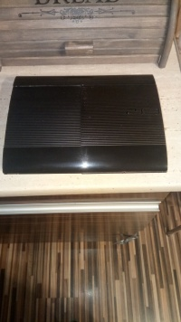 PLAYSTATION 3 500gb 7gier(psmove)