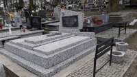 Czyszczenie grobów z lastriko