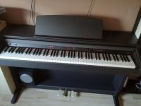 Sprzedam pianino elektroniczne w idealnym stanie