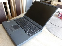 Laptop Acer + zasilacz, sprawny, polecam - 90 zł