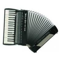 śpiewajacy akordeonista