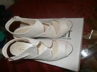 Sprzedam buty nowe!!!