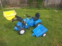 Sprzedam duży traktor z przyczepą