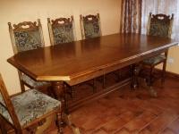 Sprzedam stół + 12 krzeseł /Stary Konin/