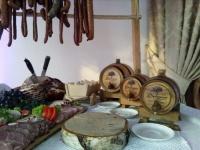 Beczki dębowe na stół wiejski