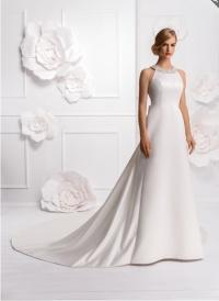 Suknia ślubna Elisabeth z długim trenem