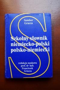 Szkolny słownik niemiecko - polski i polsko - niemiecki. S.