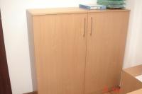 Sprzedam dwie szafki biurowe o wymiarach  130 x 130 x 43cm