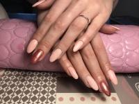 Manicure hybrydowy oraz przedłużanie zelem na formie