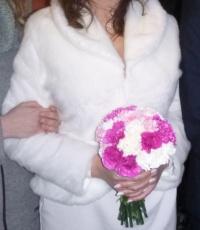 Ciepłe, zimowe bolerko ślubne w kolorze ecru