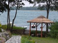 Wypoczynek i noclegi bezpośrednio nad jeziorem powidzkim