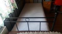 Sprzedam łóżko metalowe.
