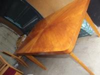 Drewniany stół z 6 krzesłami 3 wkładki przedłużające 300zł
