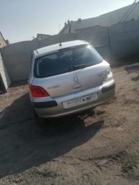 Sprzedam części do Peugeot 307 1.6 HDI/1.4 benzyna