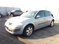 Sprzedam części do Renault Megane 1.6 benzyna rok 2004