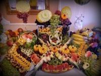 Stół owocowy, carving, dekoracje owocowe
