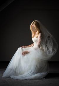 Subtelna suknia ślubna, wyjątkowy projekt indywidualny