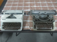 Maszyny do pisania, starocie, ozdoba salonu