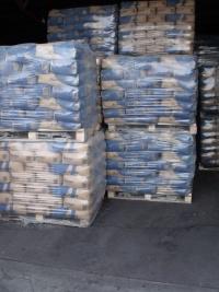 Cement Warta 389  zł/t