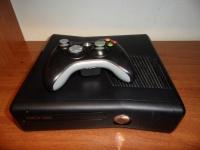 XBOX 360 Slim +4 gry