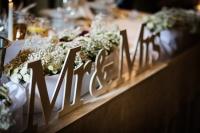 Drewniane, białe litery na stół weselny Mr&Mrs Wysyłka