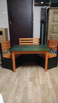 Meble dziecięce stolik + dwa krzesła+ ławeczka