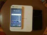 sprzedam HTC desire 825 bez blokady jak nowy LTE 5,5 NFC