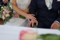 Kamerzysta i fotograf na wesele
