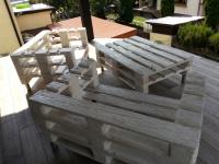 Sprzedam drewniane meble z europalet