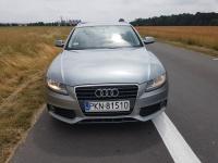 Audii A4 B8 2010. 2.7V6