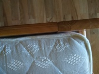 Sprzedam pojedyńcze łóżko  z materacem