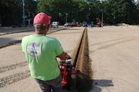 Usługi koparką łańcuchową, zakładanie nawadniania w ogrodzie