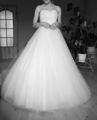 Suknia ślubna, welon, dodatki, r. 34