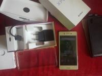 Sprzedam Sony Xperie X bez blokady Idealna złota 32gb 3gb