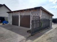 Garaż do rozbiórki