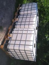 Zbiorniki 1000 litrów Transport