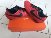 Buty piłkarskie Nike Majestry rozmiar 42