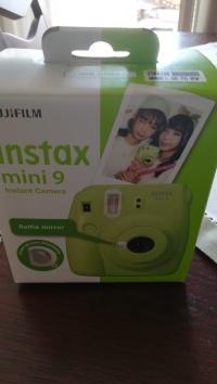 Sprzedam nowy nieużywany aparat Fujifilm mini 9
