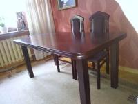 Sprzedam stół do pokoju gościnnego
