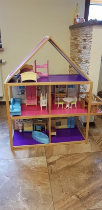 DUŻY drewniany domek dla lalek Barbie z meblami!!!