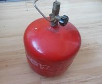 Butla gazowa 3 kg.z reduktorem pod normalną dóżą kuchnię.