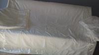 Sprzedam narzutę na łóżko i 2 poszewki na poduszki