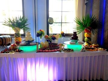 Fontanna czekoladowa, stół owocowy, fruit carving