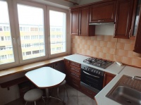 Wynajmę 2-pokojowe, balkon, rozkładowe, piwnica, V osiedle
