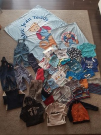 Zestaw ubrań dla chłopca 86-98 +pościel