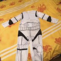 Sprzedam  strój  na  bal   karnawałowy   Star  wars.